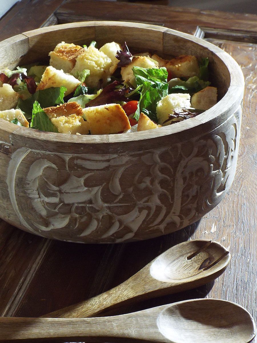 Salad with Mixed Greens and Garlic Bread Croutons recipe