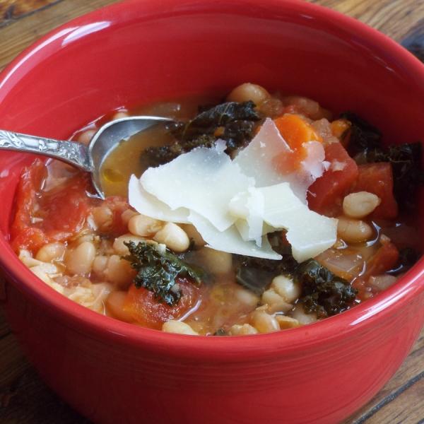 White Bean Soup with Kale recipe
