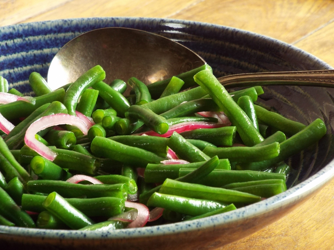 Green Bean Salad with Pickled Red Onions recipe